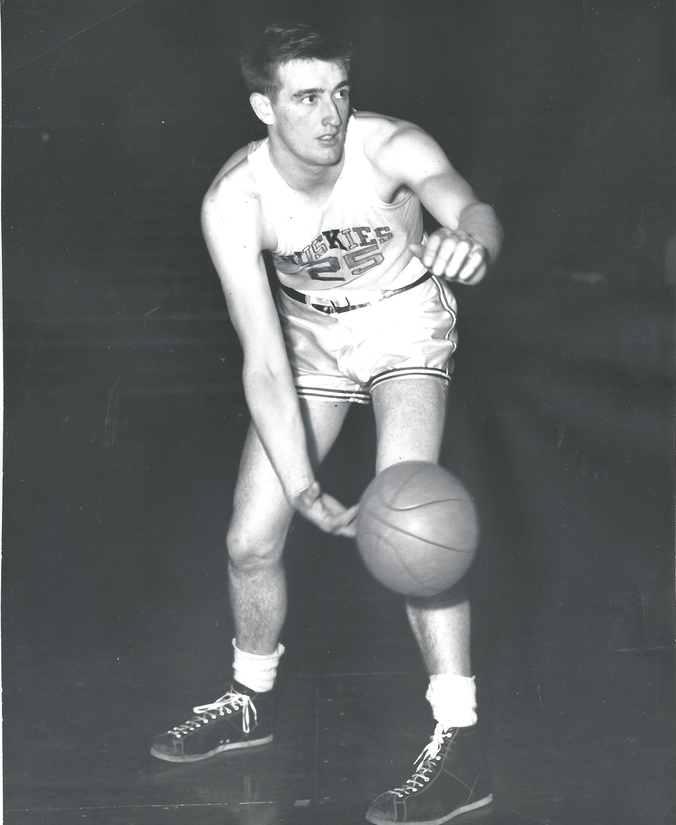 houbregs-bob-basketball
