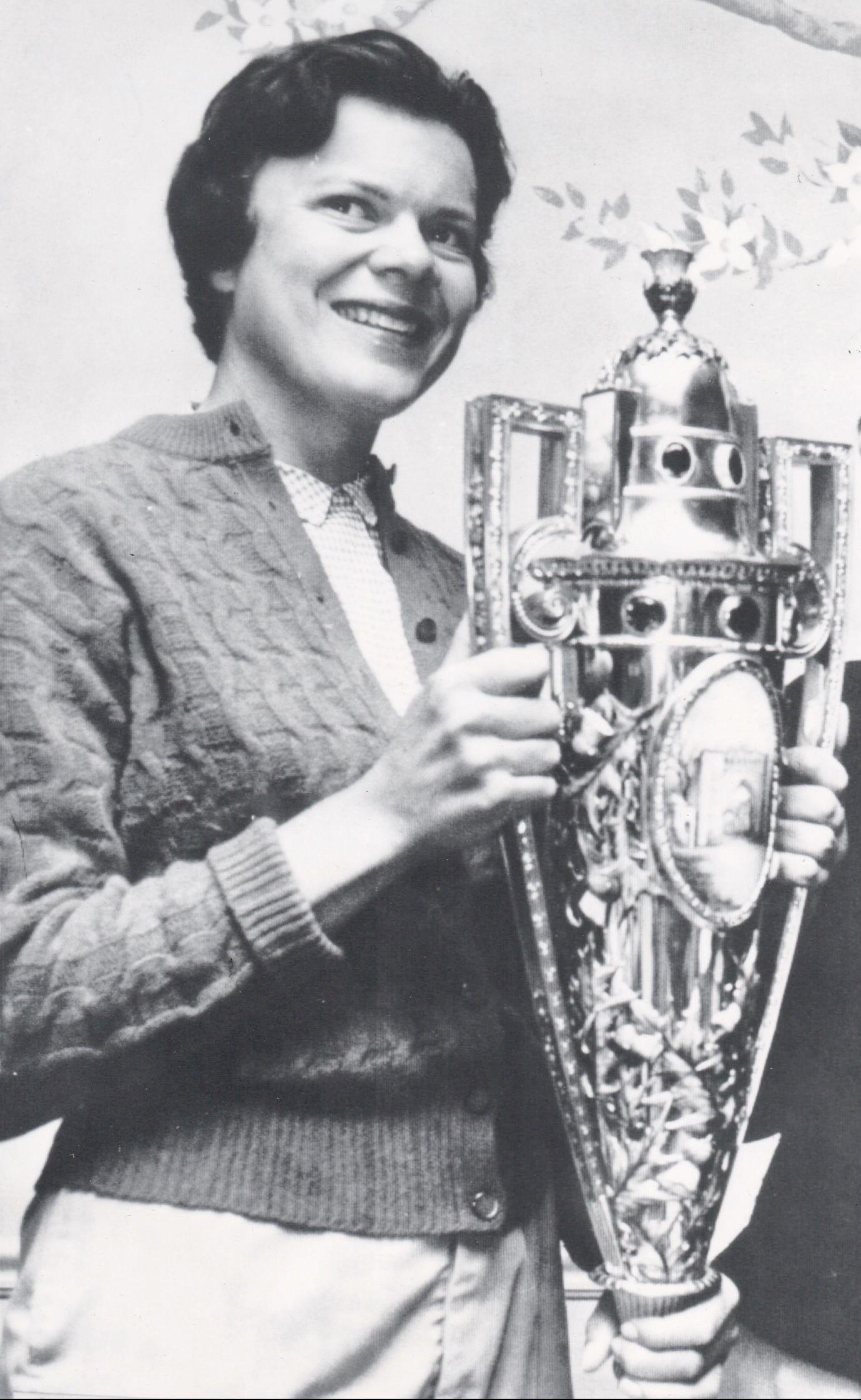 Anne Quast Decker (left)-Golf 1.-1961jpeg